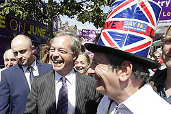 © Licensed to London News Pictures. 20/06/2016. Clacton-on-Sea, UK . UKIP party leader Nigel Farage campaigns for Brexit in the last days of the EU referendum. Photo credit: Peter Macdiarmid/LNP