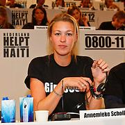NLD/Hilversum/20100121 - Benefietactie voor het door een aardbeving getroffen Haiti, Annemieke Schollaardt