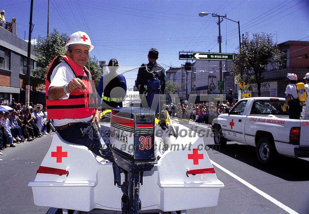 Toluca, Méx.- Desfile civico y militar del dia de Independencia de México. Agencia MVT / Mario Vázquez de la Torre.