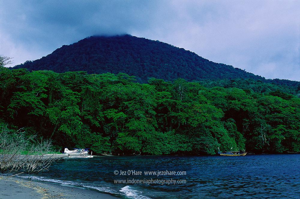 De Havilland Beaver at Rakata Island, Krakatau Nature Reserve, Sunda Straits, Lampung, Sumatra, Indonesia.