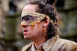 Edinburgh Scotland 7th August 2016 :: Performers from Fringe shows entertain in the High Street to promote their shows.<br /> <br /> (c) Andrew Wilson | Edinburgh Elite media