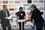 Boxen: Universum Fightnight, Waage, 13.11.2020<br /> Fai Phannarai (Boxen im Norden) und Promoter Thomas Nissen<br /> © Torsten Helmke