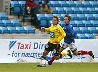 Fotball. Eliteserien Vålerenga - Start. Kristoffer Hæstad, Start og Stian Ohr, VIF.<br /> <br /> Foto: Andreas Fadum, Digitalsport