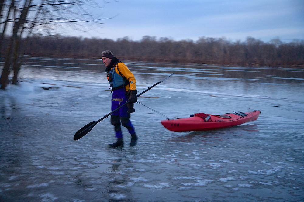 Ice Yaking on the Potomac