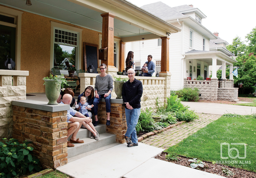 Family living in Rountree located in Springfield, MO. Router was named one of 417 magazine's best neighborhoods for 2015.