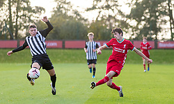 KIRKBY, ENGLAND - Saturday, October 31, 2020: Liverpool's substitute Oakley Cannonier crosses the ball during the Under-18 Premier League match between Liverpool FC Under-18's and Newcastle United FC Under-18's at the Liverpool Academy. Liverpool won 4-1. (Pic by David Rawcliffe/Propaganda)