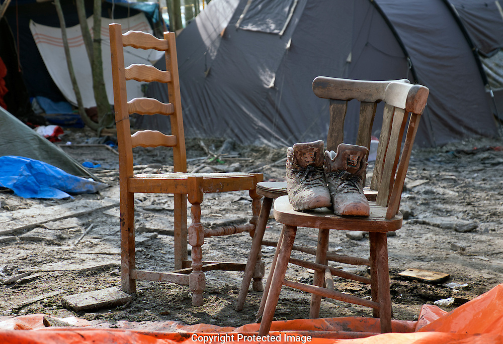 Dunkirk Grand-Synthe Refugee Camp home to hundreds of families who fled war & oppression in the Middle East. Just evicted we see  the living conditions they had to live in.jhvcxz