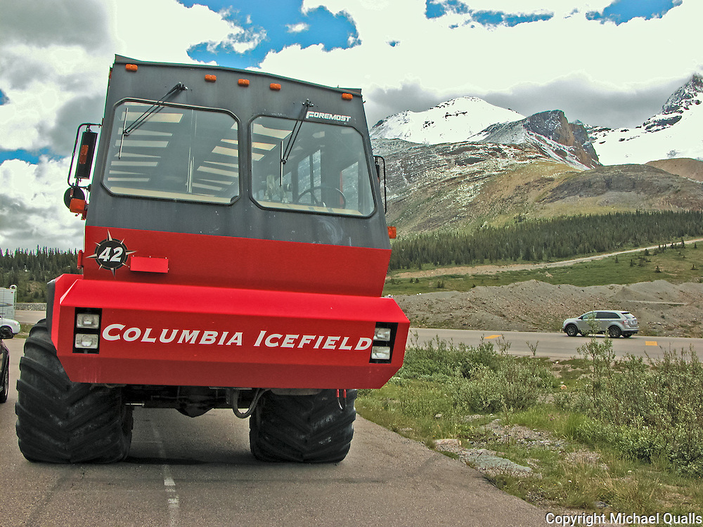Glacier buggy at the Icefields Centre