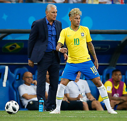 June 17, 2018 - Rostov Do Don, Rússia - ROSTOV DO DON, RO - 17.06.2018: BRAZIL VS SWITZERLAND - Tite and Neymar Jr. of Brazil during a match between Brazil and Switzerland valid for the first round of Group E of the 2018 World Cup held at the Rostov Arena in Rostov on Don, Russia. (Credit Image: © Marcelo Machado De Melo/Fotoarena via ZUMA Press)
