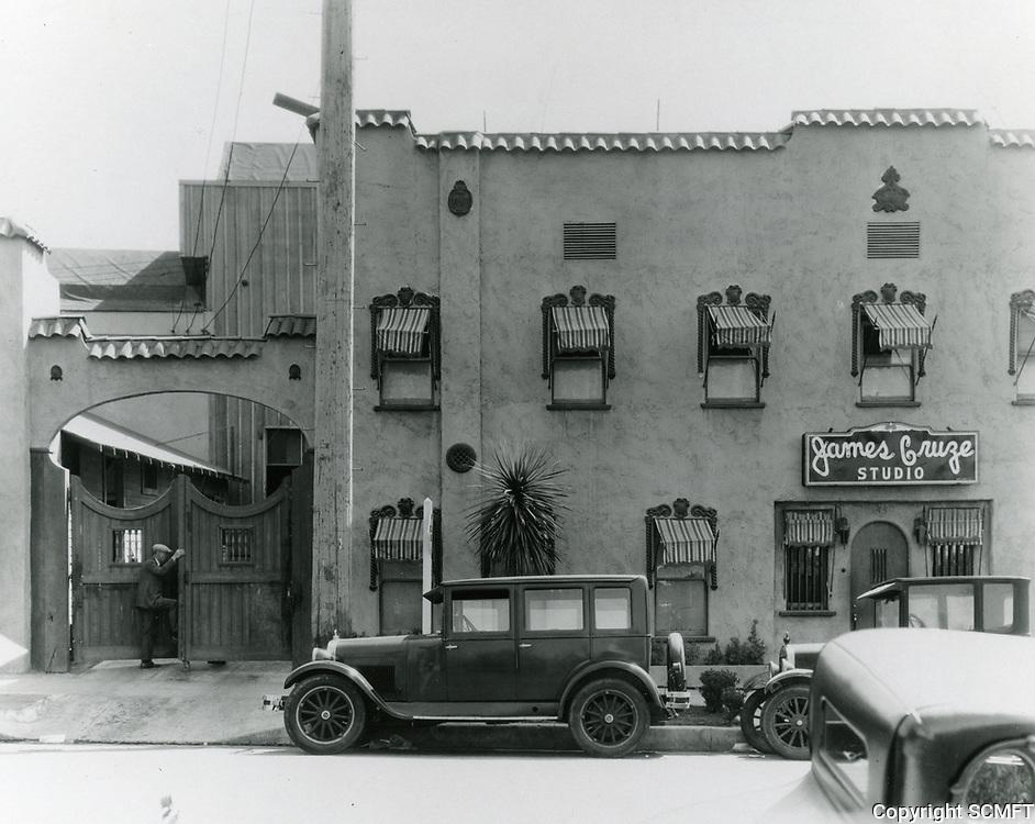 1929 James Cruze Studio