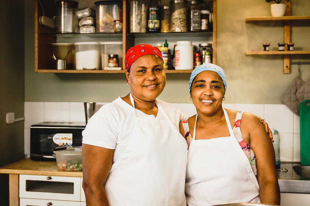 Hermanas de cocina Esmerelda y Aracelis, Swell Surf Camp, Cabarete, Dominican Republic.
