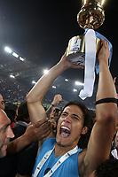 Esultanza di Edinson Cavani con la Tim Cup<br /> Roma 20/05/2012 Stadio Olimpico<br /> Football Calcio 2011/2012 Tim Cup<br /> Finale Final<br /> Juventus vs Napoli<br /> Foto Insidefoto Paolo Nucci