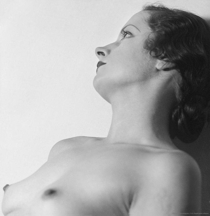 Ann Hayes, 1932