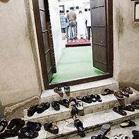 Dubai, United Arabs Emirates - 04 December 2008.Mosque close to the Dubai's creek..Photo: EZEQUIEL SCAGNETTI.