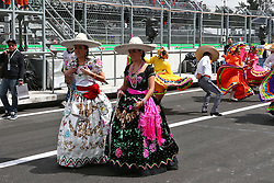 Pit parade.<br /> 28.10.2016. Formula 1 World Championship, Rd 19, Mexican Grand Prix, Mexico City, Mexico, Practice Day.<br /> Copyright: Batchelor / XPB Images / action press