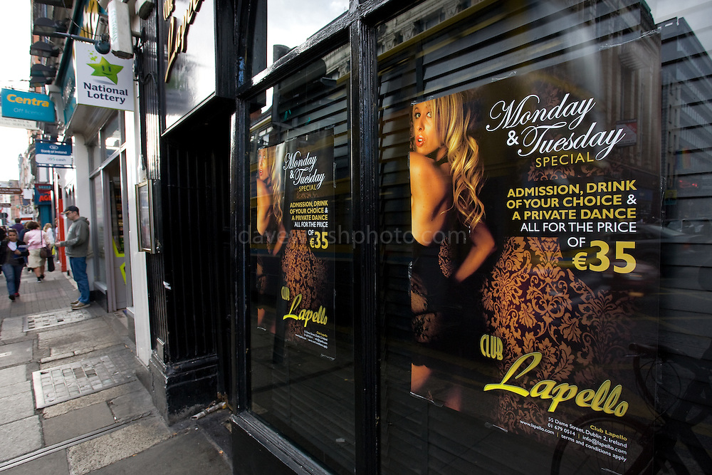 Recession Lap Dance on Dublin's Dame St. Monday and Tuesday specials at Lapello, offering admission drink and private dance for EUR35.