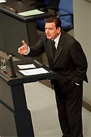 24 NOV 1999, BERLIN/GERMANY:<br /> Gerhard Schröder, SPD, Bundeskanzler, während seiner Rede, Debatte zum Haushaltsgesetz 2000, Plenum, Deutscher Bundestag, Reichstag<br /> Gerhard Schroeder, Fed. Chancellor, during his speech, during the debate about the butget 2000, plenary, German Bundestag, Reichstag<br /> IMAGE: 19991124-01/02-31