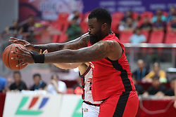 WENG'AN, Aug. 24, 2018  Travion Leonard (front) of the United States vies for the ball during a match against Italy at the 2018 Weng'an International Men's Basketball Championship in Weng'an, southwest China's Guizhou Province, Aug. 24, 2018.  The United States won 87-80. (Credit Image: © Liu Xu/Xinhua via ZUMA Wire)