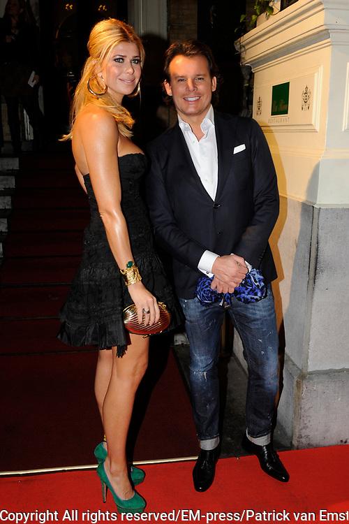 Uitreiking Beau Monde Awards in het Amstel Hotel, Amsterdam.<br /> <br /> Op de foto:  Estelle Gullit en Leco van Zadelhoff