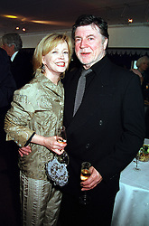 Actress ANGHARAD REES and actor MR ALAN BATES<br />  at a party in London on 30th May 2000.OER 48<br /> © Desmond O'Neill Features:- 020 8971 9600<br />    10 Victoria Mews, London.  SW18 3PY <br /> www.donfeatures.com   photos@donfeatures.com<br /> MINIMUM REPRODUCTION FEE AS AGREED.<br /> PHOTOGRAPH BY DOMINIC O'NEILL