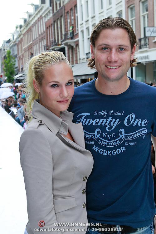 NLD/Amsterdam/20110904 - Grazia PC Catwalk 2011, Kimberly Klaver en partner Bas Schothorst