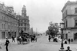 Cape Town. Historical pictures of Cape Town. Early days. Horse carriages in Adderley Street. INDEPENDENT MEDIA ARCHIVES. LEGACY LEGACY SPECIAL RATES