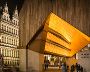 City Pavilion of Ghent at night, 18.04.2014