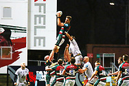 Leicester win the line out during the Gallagher Premiership Rugby match between Leicester Tigers and Gloucester Rugby at Welford Road Stadium, Leicester, United Kingdom on 21 November 2020.