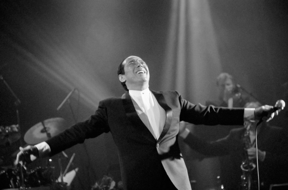 EASTON - MARCH 24: Paul Anka performs at State Theatre on March 24, 1998, in Easton, Pennsylvania. (Photo by Lisa Lake)