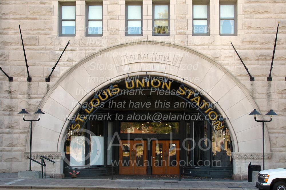 20 October 2010:  St. Louis Union Station north west entrance.  St. Louis Missouri