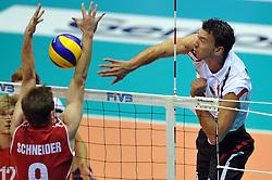 27.09.2010, Palatriest, Triest, ITA, Volleyball Weltmeisterschaft 2010, Vorrunde, Deutschland ( GER ) vs. Kanada ( CAN ), im Bild Dustin Schneider (#9 CAN) - Bjoern Andrae (#5 GER / Kemerovo RUS). EXPA Pictures © 2010, PhotoCredit: EXPA/ nph/  Conny Kurth +++++ ATTENTION - OUT OF GERAMANY / GER +++++