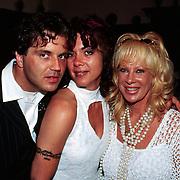 Huwelijk Sandra en John Cerneuf Alkmaar vriendin Herman Brood met Mary Borsato