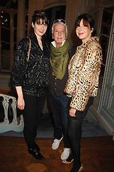 Left to right, LADY SOPHIE HAMILTON, NICKY HASLAM and HENRIETTA CHANNON at a party to celebrate the publication of 101 World Heroes by Simon Sebag-Montefiore at The Savile Club, 69 Brook Street, London W1 on 9th October 2007.<br /><br />NON EXCLUSIVE - WORLD RIGHTS