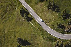 THEMENBILD - ein Wohnmobil fährt auf der Strasse. Die Hochalpenstrasse verbindet die beiden Bundeslaender Salzburg und Kaernten und ist als Erlebnisstrasse vorrangig von touristischer Bedeutung, aufgenommen am 07. Juli 2020 in Heiligenblut, Österreich // a mobile home is driving on the road. The High Alpine Road connects the two provinces of Salzburg and Carinthia and is as an adventure road priority of tourist interest, Heiligenblut., Austria on 2020/07/07. EXPA Pictures © 2020, PhotoCredit: EXPA/ JFK