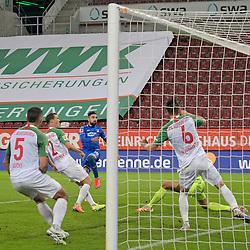 17.06.2020, Fussball 1. Bundesliga 2019/2020, 32. Spieltag, FC Augsburg - TSG 1899 Hoffenheim, in der WWK-Arena Augsburg. Tor zum 0:2, (L-R) Marek Suchy (FC Augsburg), Stephan Lichtsteiner (FC Augsburg), Torschütze Munas Dabbur (TSG 1899 Hoffenheim), Torwart Andreas Luthe (FC Augsburg) und Jeffrey Gouweleeuw (FC Augsburg)<br /> <br /> Foto: Bernd Feil/MIS/Pool/PIX-Sportfotos<br /> <br /> Nur für journalistische Zwecke! Only for editorial use! <br /> <br /> Gemäß den Vorgaben der DFL Deutsche Fußball Liga ist es untersagt, in dem Stadion und/oder vom Spiel angefertigte Fotoaufnahmen in Form von Sequenzbildern und/oder videoähnlichen Fotostrecken zu verwerten bzw. verwerten zu lassen. DFL regulations prohibit any use of photographs as image sequences and/or quasi-video.    <br /> <br /> National and international NewsAgencies OUT.