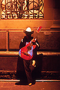 16 JANUARY 2002, GUANAJUATO, GUANAJUATO, MEXICO: A musician waits to perform on Plaza Union Jardin in the city of Gunajuato, state of Guanajuato, Mexico, Jan. 16, 2002.  .PHOTO BY JACK KURTZ