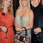 NLD/Amsterdam/20111124 - Beau Monde Awards 2011, Samantha de Jong bijnaam Barbie, Claudia van Zweden en partner Robert Schoemacher