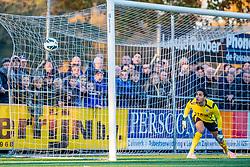 17-11-2018: Voetbal: Argon v CSW: Mijdrecht<br /> 1e klasse A - Seizoen 2018-2019<br /> #34 Rahim Gok (CSW) ziet de 1-0 binnen vliegen