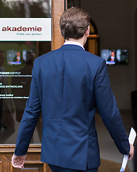 14.05.2017, Politische Akademie, Wien, AUT, ÖVP, Vorstandssitzung der Bundespartei anlässlich des Rücktritts von Parteichef und Vizekanzler Mitterlehner. im Bild TEXT // before board meeting of the austrian people' s party after resignation of Vice Chancellor and Partyleader Mitterlehner from all offices in Vienna, Austria on 2017/05/14. EXPA Pictures © 2017, PhotoCredit: EXPA/ Michael Gruber