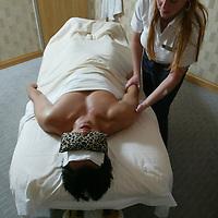 (PFEATURES) Atlantic City 10/23/2003  High Roller James Kwasnik gets a massage at the Borgata Hotel and Casino.  Michael J. Treola Staff Photographer....MJT