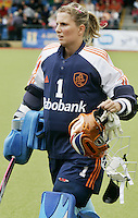 NLD-20050814-DUBLIN- EK HOCKEY dames. Keeper van het Nederlands Elftal, Lisanne de Roever. Verhaal van sport gaat maandagmiddag het net op.ANP FOTO/KOEN SUYK