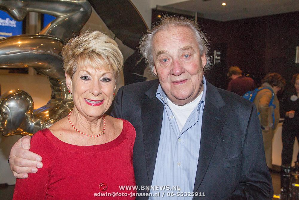 NLD/Amsterdam/20151123 - 5 jaar Delamar theater en 10 Jaar Van den Ende Foundation viering, Jules Croiset en partner Puk