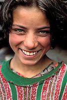 Pakistan, Territoires disputés, Karimabad, Region de Hunza, Femme Hunza / Hunza woman, Hunza valley, Karimabad, North Pakistan