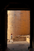 Groundsman at Jaisalmer Fort, the 'Golden Fort'. It is one of the largest forts in the world. Jaisalmer, Rajasthan, India