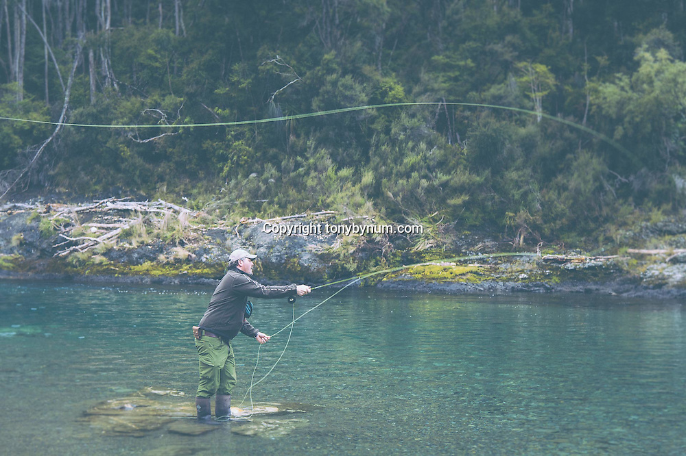 fishing for rainbow trout in newzealand on the Tongariro River