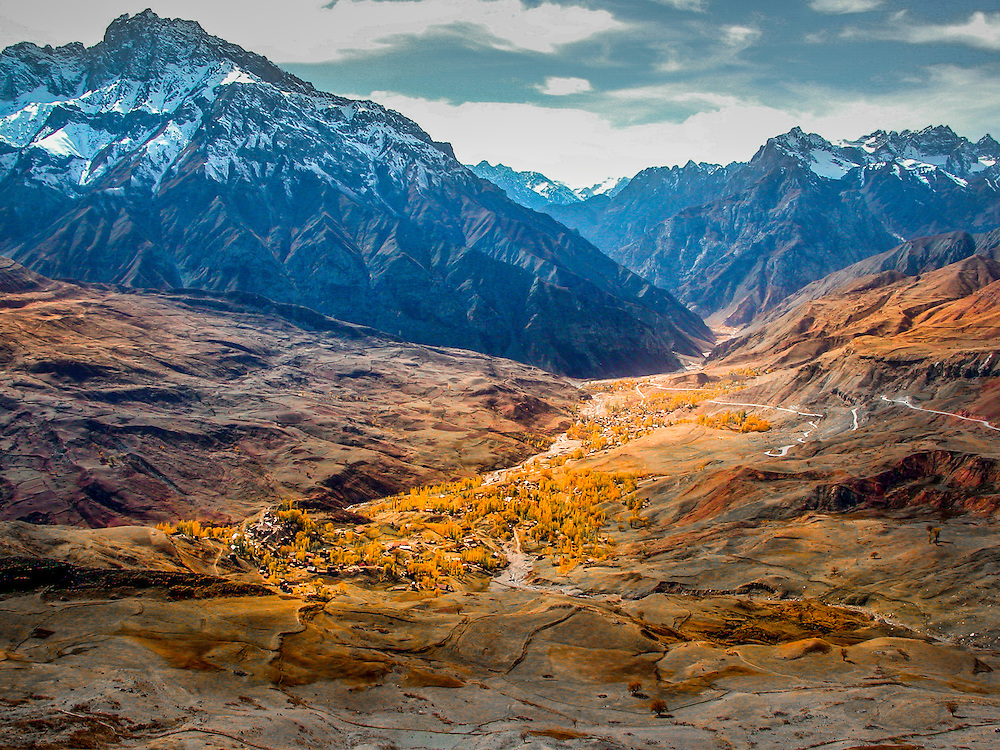 Stock landscape photograph of Varzob Valley in autumn livery on the Dushanbe Road in Tajikistan