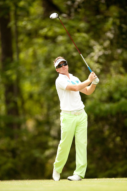 HILTON HEAD, SC - APRIL 19:  Brian Gay watches his tee shot during the fourth round of the 2009 Verizon Heritage in Hilton Head, South Carolina at Harbour Town Golf Links on Sunday, April 19, 2009. (Photograph by Darren Carroll) *** Local Caption *** Brian Gay