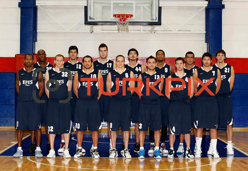 Turkish basketball team Efes Pilsen's team group Front Row (Left to Right) Bootsy THORNTON, Sinan GULER, Kerem TUNCERI, Igor RAKOCEVIC, Ender ARSLAN, Andrew WISNIEWSKI, Cenk AKYOL  Back Row (Left to Right), Erwin DUDLEY, Kerem GONLUM, Miroslav RADUJICA, Ali ISIK, Lawrence ROBERTS, Burak Yacan YUKSEL, Bostjan NACHBAR during their Efes Pilsen sports hall in Istanbul Turkey on Weonesday 22 September 2010. Photo by Aykut AKICI/TURKPIX