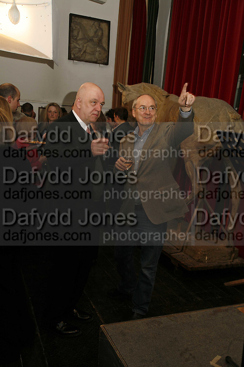James Fenton and Nicholas Garland, Book Launch of ' School of Genius' by James Fenton. Life Room of the Royal academy Schools. Royal academy of arts. London W1. 6 April 2006. ONE TIME USE ONLY - DO NOT ARCHIVE  © Copyright Photograph by Dafydd Jones 66 Stockwell Park Rd. London SW9 0DA Tel 020 7733 0108 www.dafjones.com