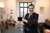 05 JAN 2012, BERLIN/GERMANY:<br /> Cem Oezdemir, B90/Gruene Bundesvorsitzender, in seinem Buero, Bundesgeschaeftsstelle Buendnis 90 / Die Gruenen<br /> IMAGE: 20120105-01-048<br /> KEYWORDS: Cem Özdemir, Büro